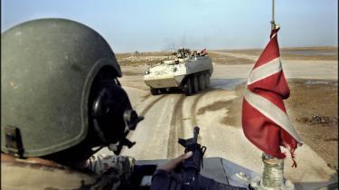198 danske soldater er på to og et halvt år blevet hjemsendt fra Afghanistan før tid. Mange er unge mænd, der aldrig burde have været sendt af sted, vurderer militærpsykolog. Forsvaret mener, der er tale om enkeltsager, men beklager ressourcespild