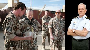 Forsvaret har i dag fuldført forandringen til et moderne militær, der har til kerneopgave at gå i krig i udlandet. Forsvarschef Knud Bartels er den nye mand i spidsen for det hele, og han har for længst gjort sig klart, hvad det koster at føre krig