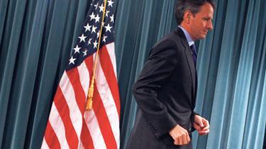 USA's valgkamp er i fuld gang. En af måderne, man mærker det på, er, at de nervøse demokrater ikke forsømmer nogen lejlighed til at skyde skylden for samtlige USA's problemer på en politiker, der har været uden formel magt i snart to år og som ikke står på stemmesedlen til november: George W. Bush