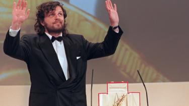 Emir Kusturicas film 'Underground' fik i 1995 Den Gyldne Palme i Cannes. Men Kusturicas film tegner ifølge kritikere et forvrænget billede af livet på Balkan.