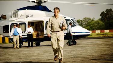 Involvering. Bill Gates har involveret sig meget personligt. Siden 2008 er han og hans kone Melinda begyndt at aflægge jævnlige besøg på de udenlandske projekter, som fonden støtter. Organisationen bygger på deres vision - deres mission, som en ledende medarbejder udtrykker det.  At foreberede deres besøg er som at arbejde for en minister, siger en anden.