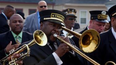 David Simon, der stod bag den fremragende tv-serie 'The Wire', er tilbage med en ny, timelang dramaserie, 'Treme', der handler om New Orleans i kølvandet på orkanen Katrina og de oversvømmelser, som ødelagde store dele af byen
