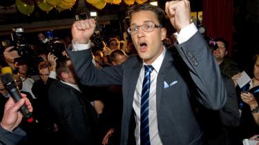 Sverigedemokraterna, med partileder Jimmie Åkesson i spidsen, er ikke stuerene, mener det overvejende flertal af svenskere, der ikke stemte på de blågule. Partiet leder tanken tilbage på tidligere tiders svensk højreekstremisme.