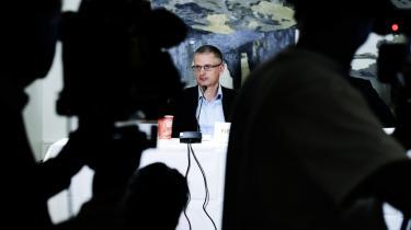 'Ingen karikatur er menneskeliv værd,' sagde Flemming Rose i går under præsentationen af sin bog 'Tavshedens Tyranni'.