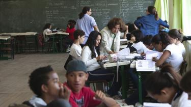 Den offentlige skole Amorim Lima i Sao Paulo er et af de steder, hvor de mange nye skoleelever har fundet hen som resultat af regeringens statsning på uddannelse.