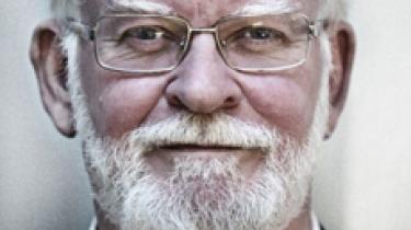 Vidste Jyllands-Postens Flemming Rose på forhånd, at karikaturtegningerne af profeten Muhammed ville vække ramaskrig? Ja, for det fortalte jeg ham, siger Lars Hedegaard fra Trykkefrihedsselskabet. Men det afviser Rose
