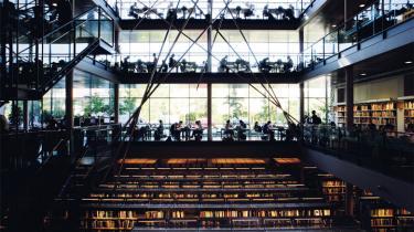 Copenhagen Business School er blandt de universiteter, der med få forskningsmidler skaber flest internationale forsknings-resultater. 'Fordelingen af midlerne er helt skæv', siger rektorerne nu.