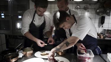 Voodoo og pæne genopførelser. I Snarregade vil de gerne gentænke det klassiske danske køkken. Det går fint, men de bliver nødt til at gå planken ud. Helt ud