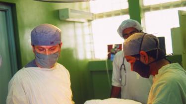 Måske er det tid til at gøre op med forsikringsselskabernes gevinst på private sundhedsforsikringer.
