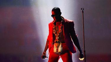 Kanye West fører bevis for, at et album stadig kan være en oplevelse fra start til slut og samtidig rumme fem-seks-syv numre, der med noget nær statsgaranti hænger ved   i øregangene og vil gøre sig på hitlisterne.