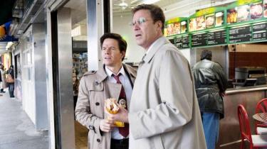 I komedien 'The Other Guys' sættes plottet på standby til ære for absurde indslag