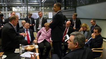 Ambassadeindberetninger viser brudstykker af, hvordan USA brugte spionage, trusler og løfter om bistand til at få støtte til den USA-venlige Københavner-aftale. Ifølge indberetningerne lovede Connie Hedegaard USA, at EU ville tilbageholde kritik af den amerikanske klimaindsats