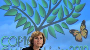 Connie Hedegaard bryster sig af at det lykkedes EU at tale med én stemme i Cancún. Men gjorde det nu også det?