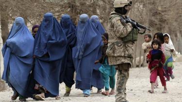 Når Danmarks militære indsats i Afghanistan debatteres, må man først skyde sig igennem en mur af løgne og en retorik, der ikke har det fjerneste med virkeligheden at gøre, siger forfatteren Carsten Jensen