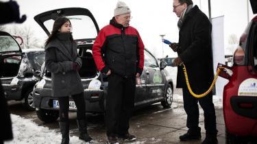 Danmarks samlede bestand af indregistrerede elbiler er nu ifølge De Danske Bilimportører nået op på 270.