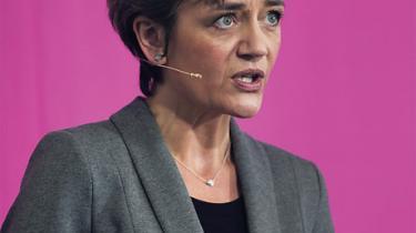 Radikale Venstre er i klemme: Mest enige med VK om den økonomiske politik, men samtidig peger de på den socialdemokratiske leder som statsminister
