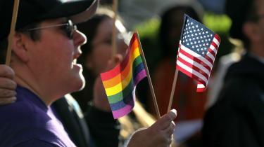 USA's homoseksuelle kæmper fortsat for deres rettigheder ... ikke mindst pga. kirken.