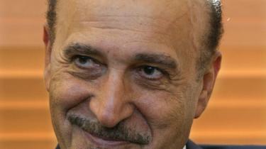 Den nyudnævnte vicepræsident, Omar Suleiman, anses for at hærens foretrukne efterfølger til Mubarak.