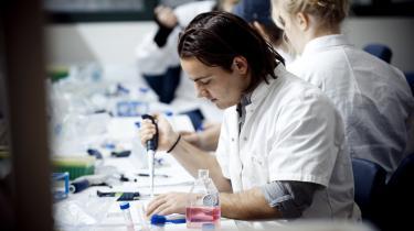 Især på de tekniske og naturvidenskabelige uddannelser er der ubalance mellem antallet af danske studerende, der rejser ud, og antallet af udenlandske studerende, der rejser til Danmark.