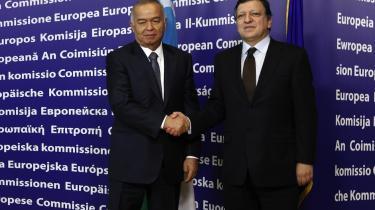 Menneskerettighedsorganisationer retter voldsom kritik mod EU for dets 'bløde' udenrigspolitik, som de mener, har givet undertrykkende regimer som de egyptiske og tunesiske let spil. Tingene risikerer at blive værre under den nye struktur, mener de