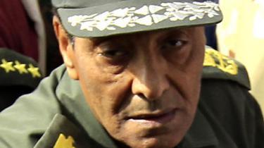Egyptens militær er landets afgørende magtfaktor, men er stort set ukendt af såvel befolkningen som medier og diplomati  og at kalde formanden for militærrådet for Mubaraks puddel er helt forkert