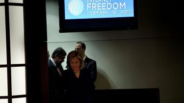 Borgerretsgrupper beskylder den amerikanske regering for at handle i modstrid med forfatningen ved at kræve adgang til Twitter-konti tilhørende personer i inderkredsen omkring Wikileaks