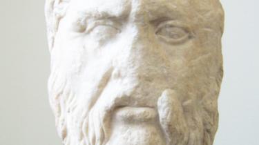 Kun talen er rigtig, mente Platon; skriften er en trussel mod filosofien. Hvis han havde haft bare den mindste anelse, hvad skriften kunne udrette, ville han måske have overgivet sig til den.