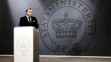 Allerede i næste uge skal integrationsminister Birthe Rønn Hornbech aflevere en redegørelse i sagen om statsløse palæstinensere, sagde statsminister Lars Løkke Rasmussen i går.