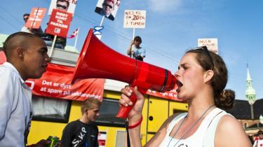 Der bliver råbt højt i de røde megafoner, når regeringen foreslår reformer.