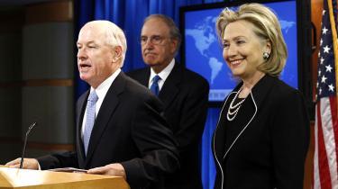 Wikileakssagen  kræver nu sin første  skalp i Obama-administrationen: Udenrigsministeriets talsmand må gå efter  at have kritiseret det amerikanske retsmaskineris 'kontraproduktive' behandling af den formodede kilde til lækken af titusindvis af amerikanske statsdokumenter