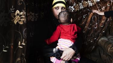 Istahil Mohamed Hussein fra Holbæk har mistet sit børnebidrag, fordi kommunen ikke tror på, hun er enlig.