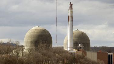 Indian Point-atomkraftværket nær New York City er det amerikanske kraftværk, eksperter mener er mest i risikozonen ved et jordskælv. Men selvom andre og mere sikre værker findes i dag, er der stor skepsis i branchen for at bygge nye a-værker. Ganske enkelt fordi det ikke kan betale sig.