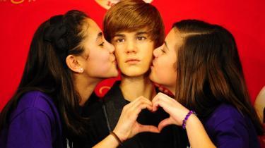 Udødeliggjort. Justin Biebers stjernestatus blev for alvor cementeret, da en tro kopi af drengen for 14 dage siden blev afsløret på Madame Tussauds voksmuseum.