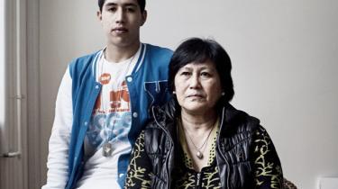 Kanitha Dalakun er thailænder og har boet i Danmark i 25 år. Hendes søn Daniel Hornstrup har siden sin fødsel haft dansk pas, hvor han står opført som dansk statsborger. Men nu har han fået at vide, at det er han ikke alligevel. Kanitha og hans danske far blev nemlig ikke gift.