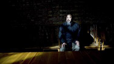 Mange mente, at den kendte kunstner Ai Weiwei kunne undgå det kinesiske styres censur. Men nu er han fængslet og sigtes for økonomisk kriminalitet.