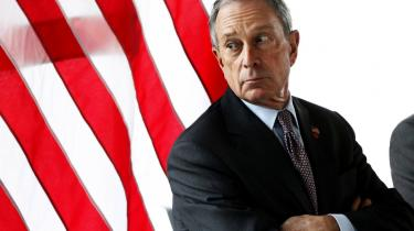 New Yorks stenrige borgmester, Michael Bloomberg, ser gerne, at britiske storbanker flytter deres hovedkvarterer til   den amerikanske millionby. Og der er plads til dem, eftersom man nu er i gang med at bygge nye skyskrabere til der, hvor World Trade Center stod tidligere. Men også storbyer i andre lande kunne være fristende for bankerne som alternativ til London.