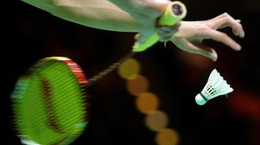 I Herning Badminton Klub tager man gerne mod frivillige , også selv om de arbejder frivilligt, fordi de er nødt til det.