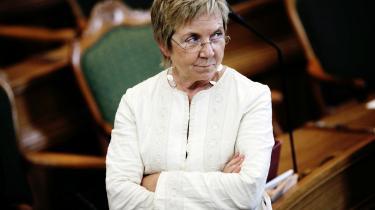 Integrationsordfører Marianne Jelved (R) kalder stramninger af familiesammenføring 'ekstremt' og 'totalt overdrevet'.