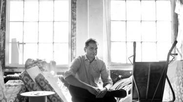 Forlagsdirekt©™r Lars Boesgaard mener, at man sk©°rper ambition°©erne og dynamikken ved at fyre 21 medarbejdere.