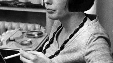 For Tine Bryld, der døde i påsken,  var socialt arbejde ikke noget med, at kontoret lukkede klokken fire. Hun kunne høre tavsheden i den anden ende, når hun talte med unge mennesker. Hendes måde at gøre tingene på krævede selvtillid, overbevisning, charme og indignation