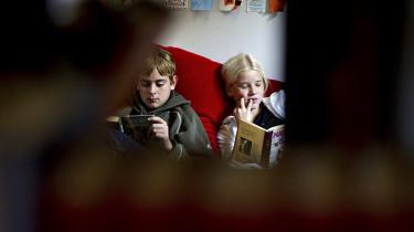 Mange forskere fremhæver, at Center for Børnelitteraturs tilknytning til Danmarks Pædagogiske Universitet giver en hel unik mulighed for tværfaglige studier inden for barndomsforskning.