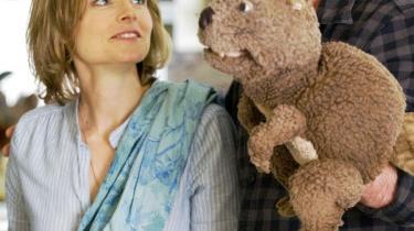 Satsning. Det er tænkeligt, at 'The Beaver' vil lide under Mel Gibsons forgiftede image, i hvilket tilfælde Jodie Fosters chance for at blive instruktør   på flere projekter skrumper.
