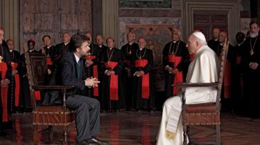 'Jeg ville fortælle min egen historie med min egen pave,' siger Nanni Moretti om sin nye film, 'Habemus Papam', der i går blev vist på filmfestivalen i Cannes og handler om en nyvalgt pave, der får et angstanfald og stikker af