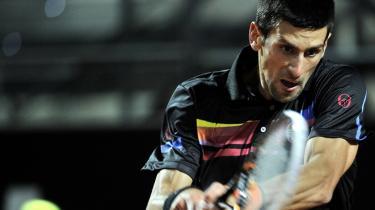 """span class=""""photo-credit"""">Foto: Filippo Monteforte/Scanpix Udfordreren. Serberen Novak Djokovics talent blev opdaget af Jelena Gencic i 1993, da han var seks år. I år har han spillet — og vundet — 37 kampe, og når han finalen i Paris, kan han med en sejr sikre sig førstepladsen på verdensranglisten."""