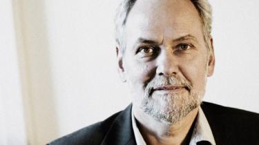 FOA-formand Dennis Kristensen kritiserer fagbevægelsens seneste satsning, Avisen.dk, for ikke at leve op til LO's ambitioner om at sætte en ny mediedagsorden. I det hele taget bør fagbevægelsen endeligt droppe drømmen om egne, røde nyhedsmedier, mener han
