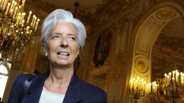 Vanen tro har europæerne sendt deres bedste kandidat af sted som bud på den næste direktør for Den Internationale Valutafond. Nu venter alle på USA. I mellementiden sender de nye økonomiske stormagter en strøm af kandidater