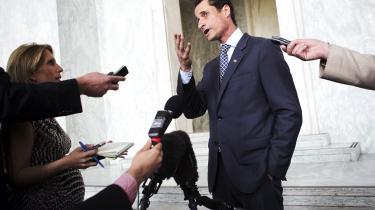 Udstilllet. Den demokratiske politiker Anthony Weiners fald er også historien om, hvordan det private eroderer.