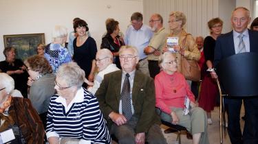 De fleste tilstedeværende ved indvielsen af Kaj Munks præstegård var folk fra Vedersø, og mange af dem havde i årevis arbejdet på at bevare præstegården, der har været tiltænkt flere forskellige skæbner, mens den stod og forfaldt.