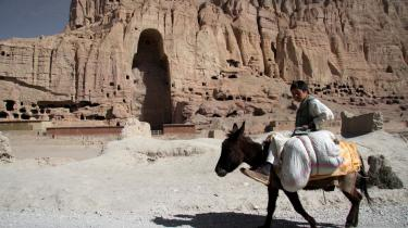 Der er stadig et tomt rum efter de 55 meter høje Buddha-statuer i Bamiyan-dalen i Afghanistan.