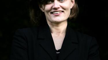 Sørine Gotfredsens synspunkt om, at det multikulturelle samfund har et medansvar for Breiviks terrorhandling i Norge, skaber splittelse blandt debattørens sædvanlige meningsfæller